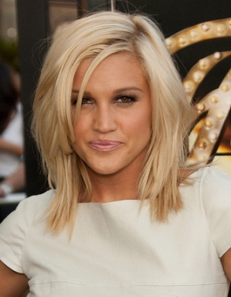layered Shoulder length haircuts with side bangs for straight hair …