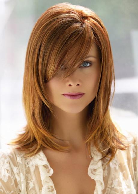 Bangs With Shoulder Length Hairstyle : Medium length layered haircuts with bangs