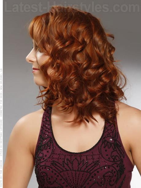 Medium length naturally curly hairstyles