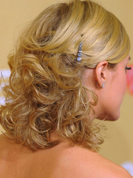 Prom Hairstyles 90s : Medium length prom hairstyles