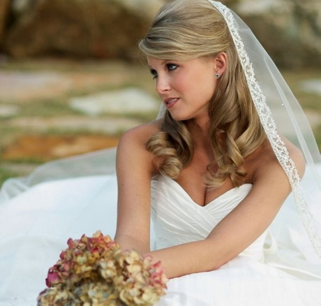 20 awesome wedding hairstyles for medium hair sloe