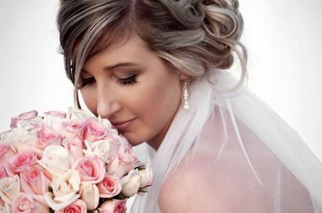Mobile wedding hair and makeup
