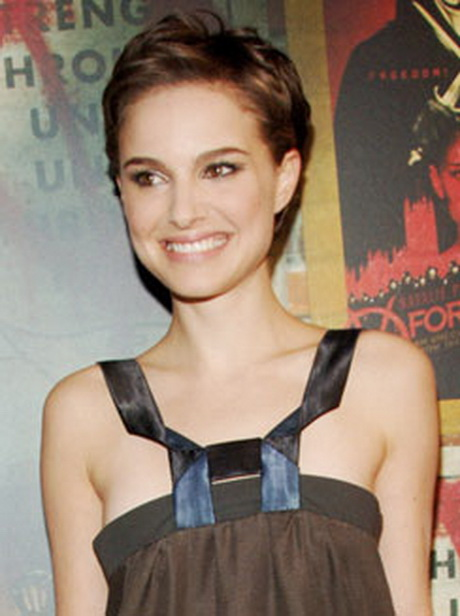 Very Short Buzz Cut for Women - Natalie Portman's Hairstyles ...