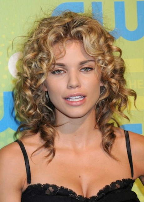 Naturally Curly Hairstyles For Women