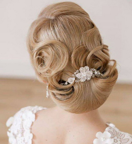 New New Hairstyle : Latest Bridal hair styles for New Year weddings and parties 2015 (9)