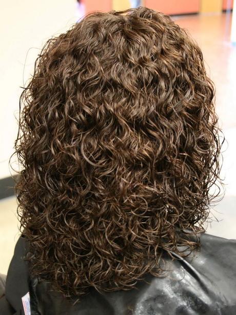 permed medium hairstyles
