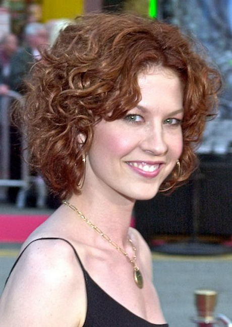 of short curly hairstyles for women over 50