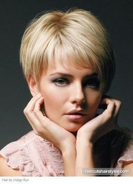 Pixie haircut for older women