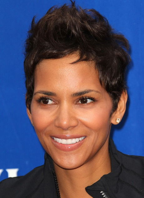 Toni Braxton Short Layered Hair 2013 Toni Braxton Short Layered Hair ...