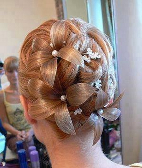 prom hairstyles braided updos 80707704 prom hairstyles 2015