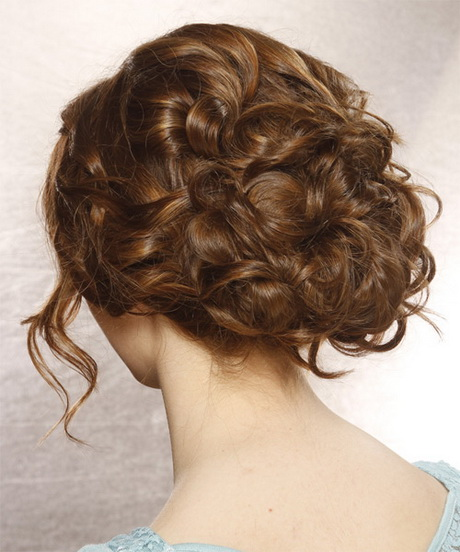 Prom hairstyles curly updos Prom Hairstyles For Curly Hair To The Side