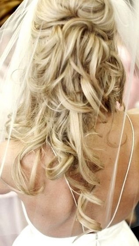 Prom Hairstyles For Long Curly Hair 2017 : Curly half up prom hairstyles for long hair best cars