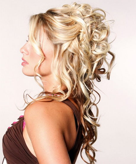 Prom Hairstyles Long Hair Half Down