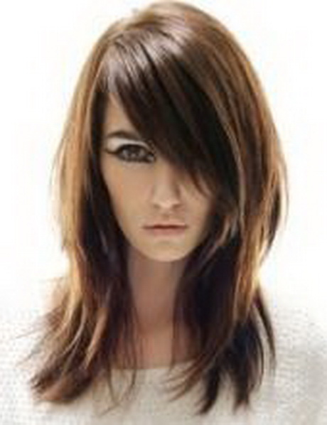 shag-like bob with razored layers is perfect for medium-fine ...
