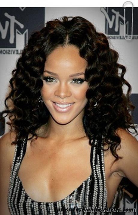 rihanna new hairstyle : Rihanna Hairstyles Gallery Of Rihannas Latest Haircuts 2015 Reviewed ...
