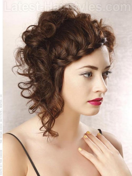 short curly hairstyles glamorous sexy short curly hairstyles