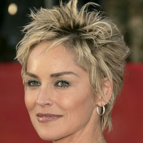 Celebrity Sharon Stone short hairstyleThis celebrity of Basic Instinct ...