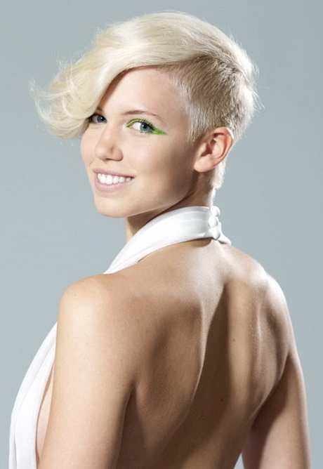 Funky Short Shaved Side Hairstyle For Women