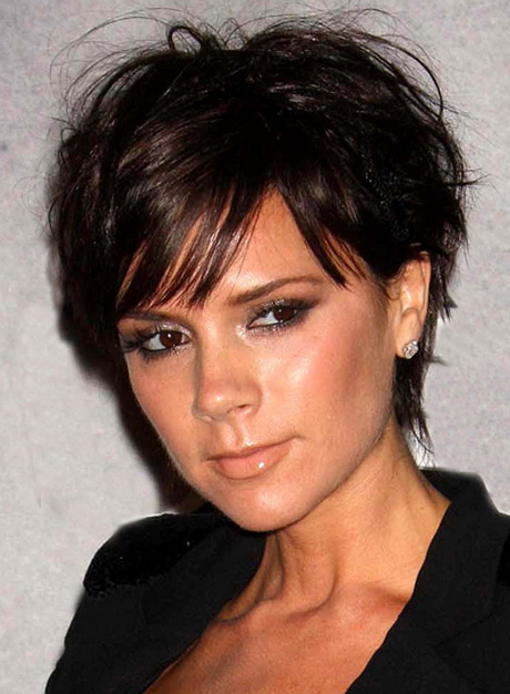 Victoria Beckham Short Layered Chic Hairstyle. PHOTO 3 OF 4. Victoria ...