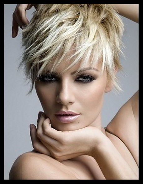 Short-Choppy-Hairstyles-019