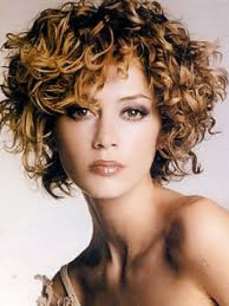 Short curly hairstyles pictures for naturally curly hair
