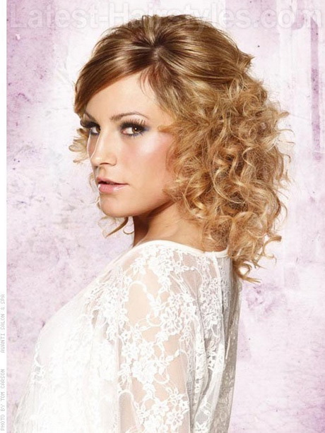 Short Curly Layered Hairstyles Hairstyles 2013