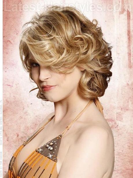 Short curly layered haircuts