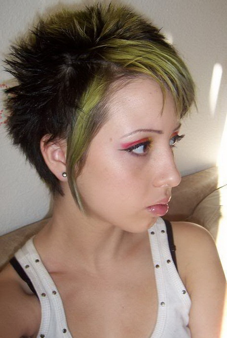 Short emo haircuts for girls