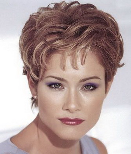 Short Feathered Haircuts For Women