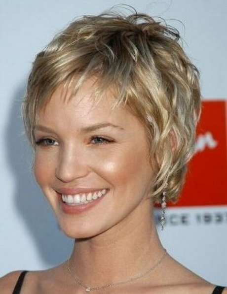 Hair Styles For Women Over 40 | short feathered hairstyles | Short ...