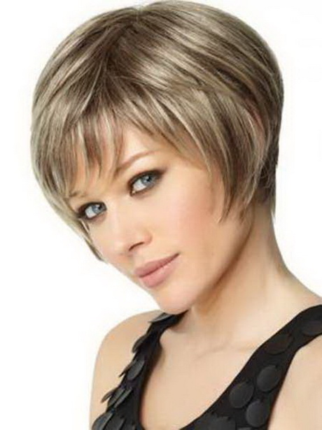 ... lovely hairstyle is quite attractive and gorgeous. Short graduated bob