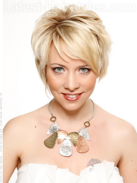 23 Short Haircuts That'll Make You Want to Grab Your Scissors