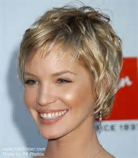 Short hair styles for grey hair