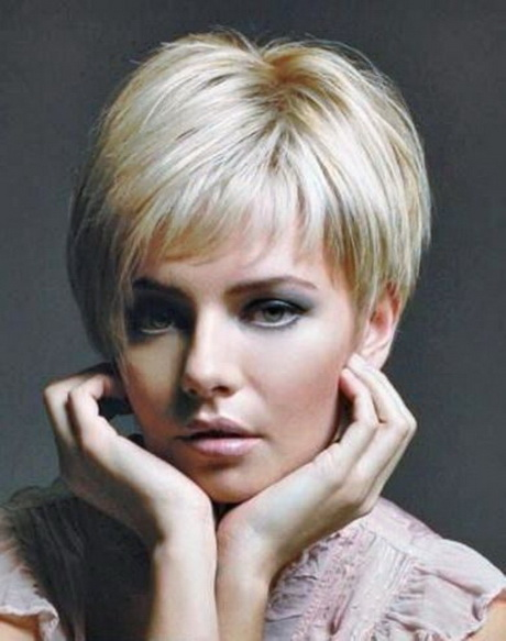Short hair styles for over 60