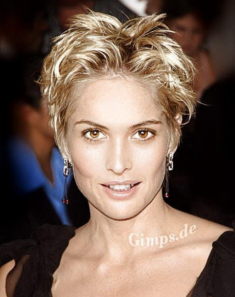short hairstyles for square faces over 50 : 2013 Hairstyles For Square Faces Over 50 Short Hairstyle 2013