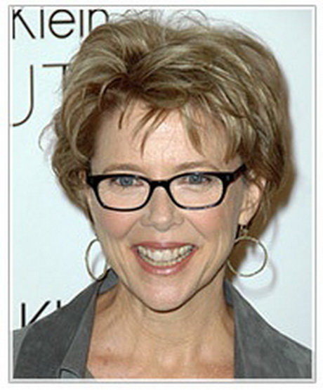 hairstyles for women with thinning hair on top : short hair for women over 50 with glasses
