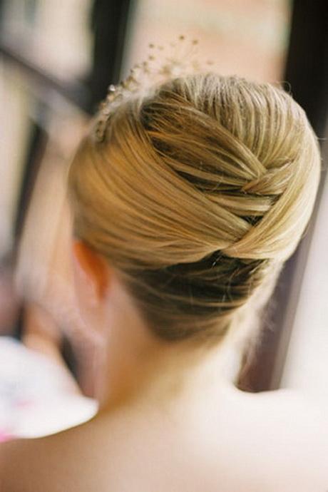 Love This Sleek Wedding Hairstyle: Short Hair Up Styles