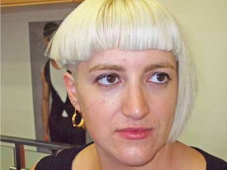 short haircut for round chubby face Short Haircut For Round Chubby ...