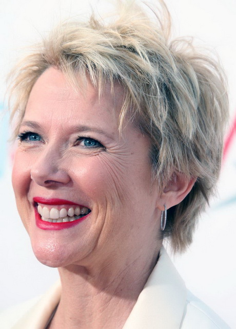 Short Haircuts For Women Over 50 With Fine Hair Cool Short Hairstyles ...