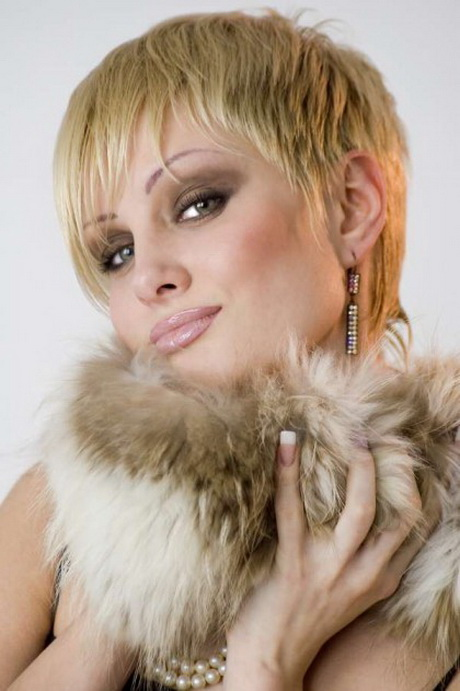 Short Haircuts For Thin Hair Pictures