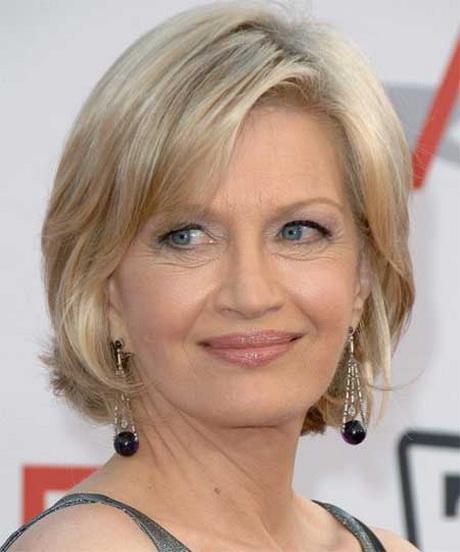 Short Haircuts On Older Women