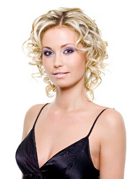 Short Hairstyles Fine Curly Hair