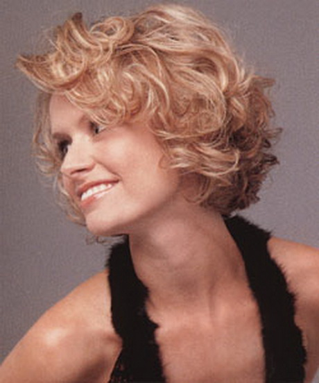 Short hairstyles for wavy fine hair