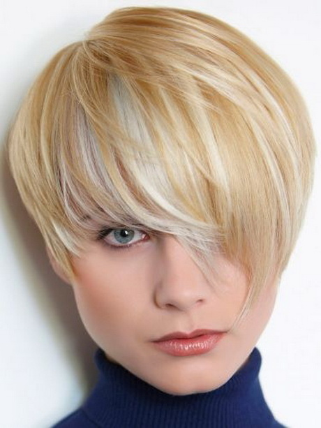Luxury Short Haircuts For Women In Their 20s