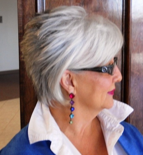 ... Hairstyles Women Over 60 Glasses in addition Jane Fonda Hairstyle. on