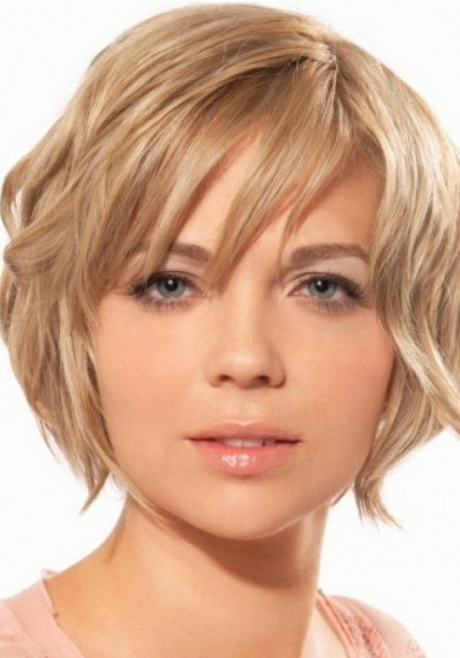 ... . short hairstyles for oval faces. 20 Short Hairstyles for Oval Faces