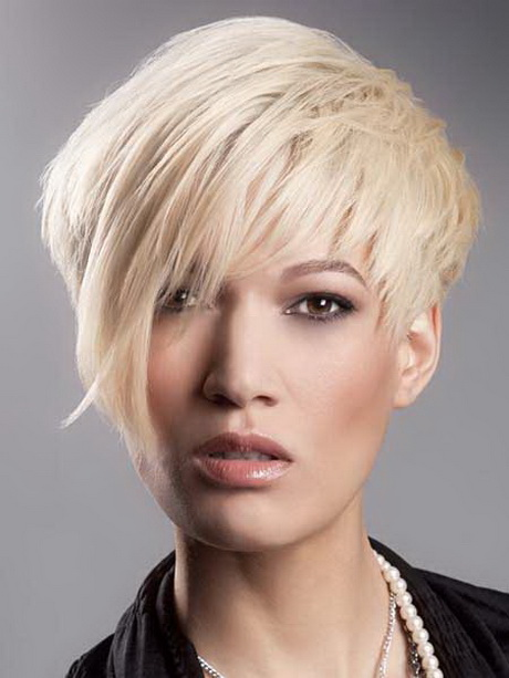 Hairstyles For Short Layered Hair With Side Bangs : Short Choppy Layered Bob Haircuts Choppy layered haircuts can be done ...