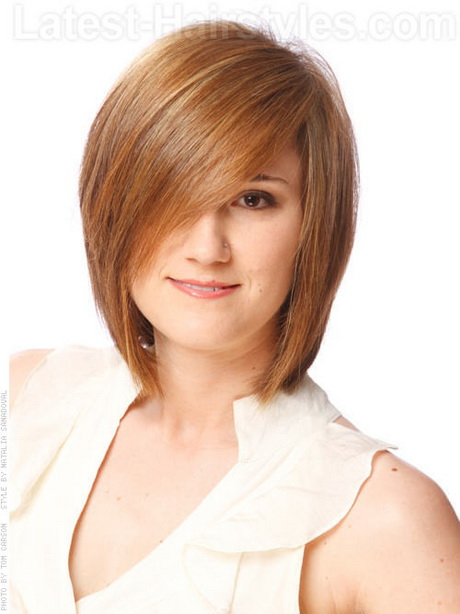 Hairstyles For Short Layered Hair With Side Bangs : Long Straight Haircuts With Side Bangs And Layers : Long and Short
