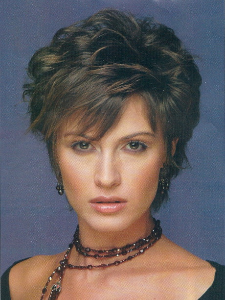 short haircuts women over 50 short layered hairstyles for women in ...