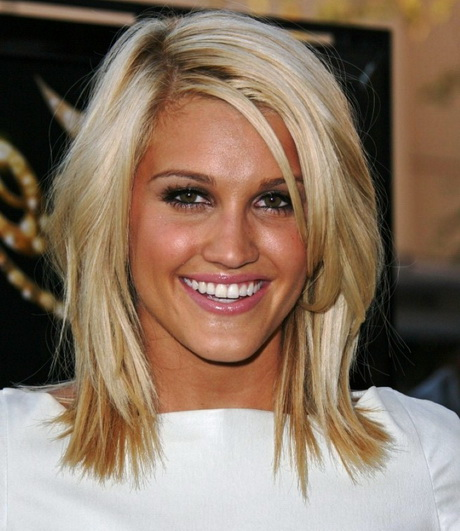 Short medium haircuts 2015